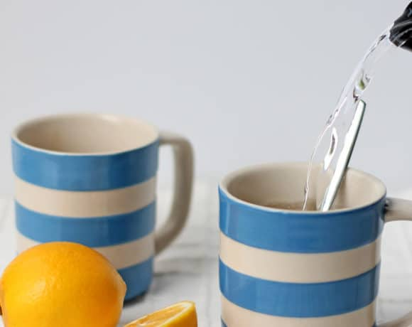 Soothing Lemon, Honey and Ginger Drink