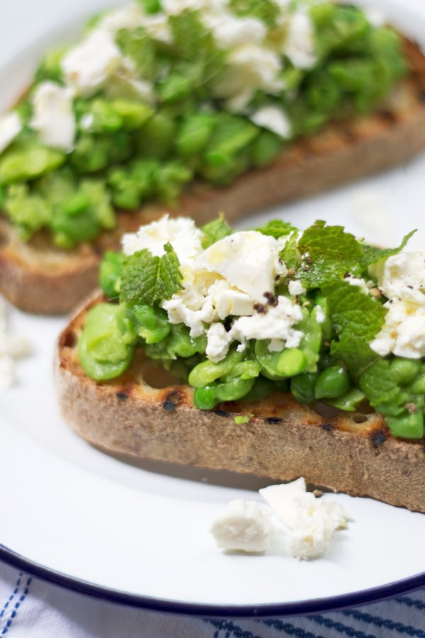 Smashed Broad Bean and Pea Bruscetta | www.mylittlelarder.com