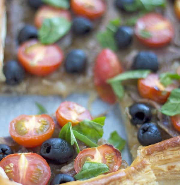 Tomato, Olive and Anchovy Tart | mylittlelarder.com