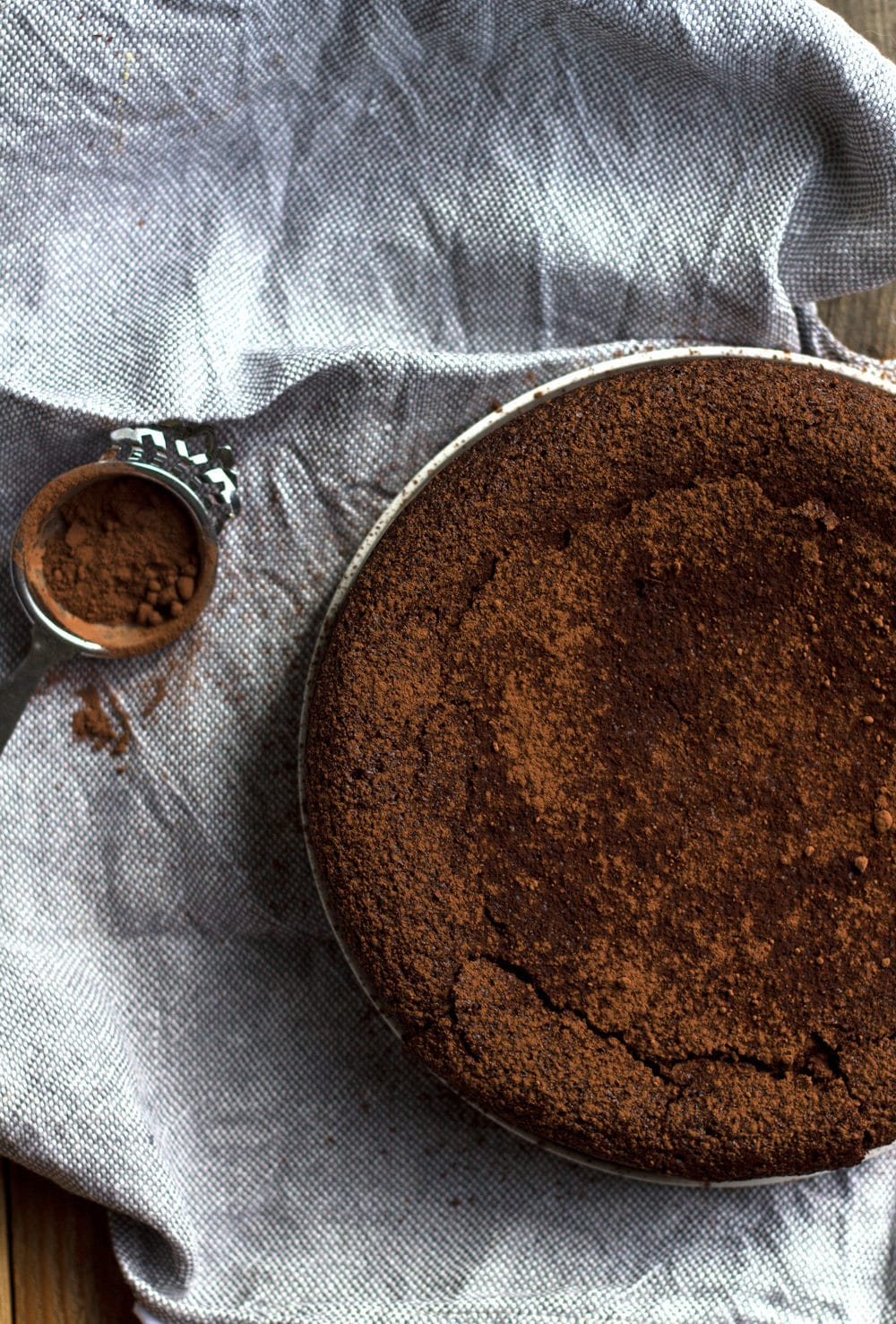 Chocolate Torta Caprese Cake   mylittlelarder.com