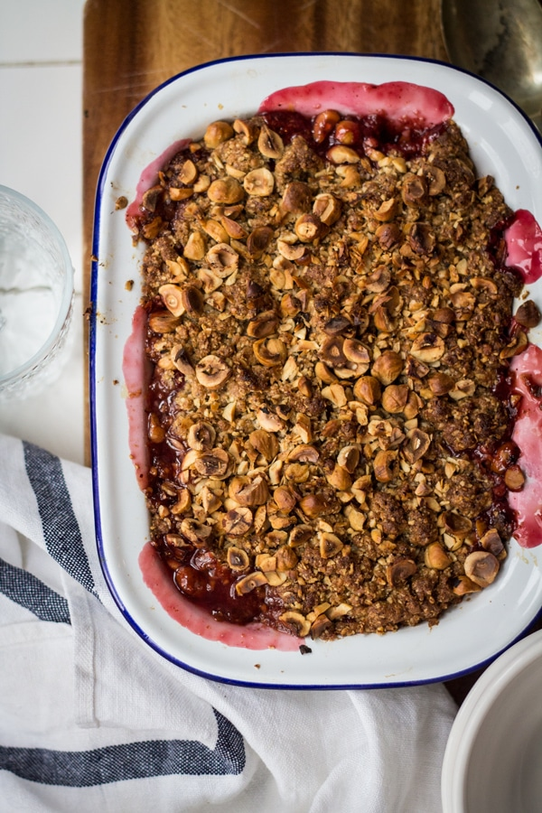 rhubarb-hazelnut-crumble-4