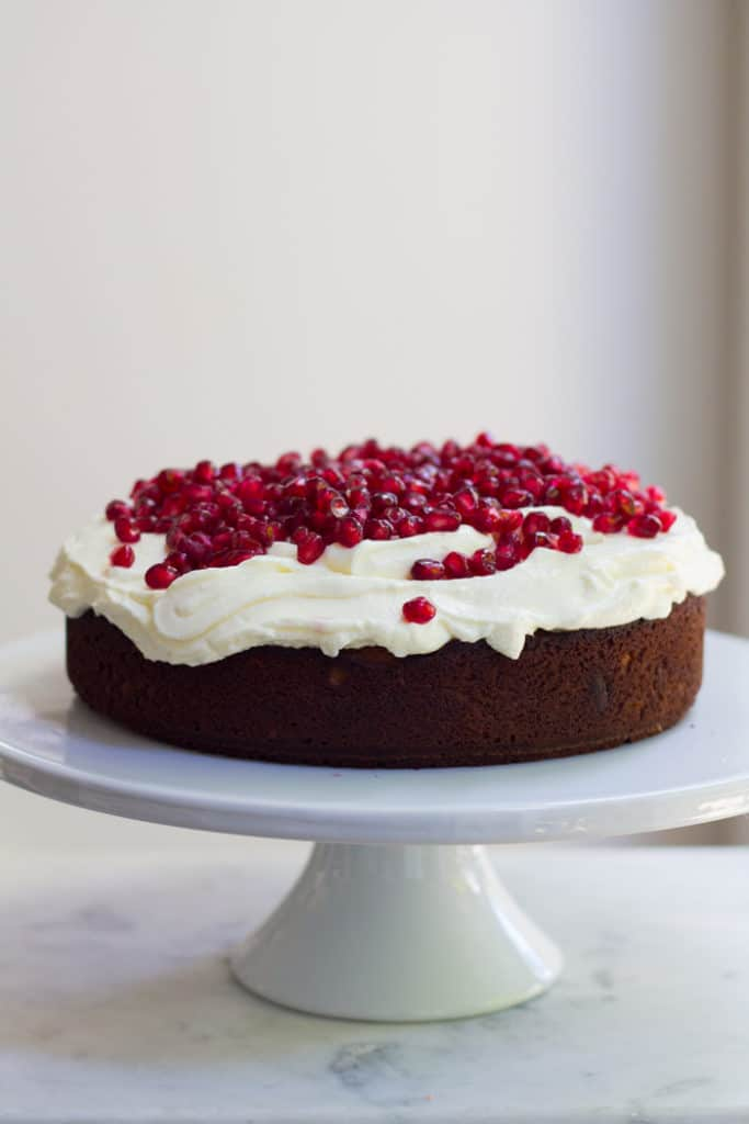 Honey, Orange and Cardamon Cake with Yoghurt and Pomegranate | mylittlelarder.com