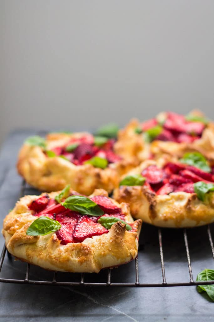 Strawberry and Basil Galette | mylittlelarder.com