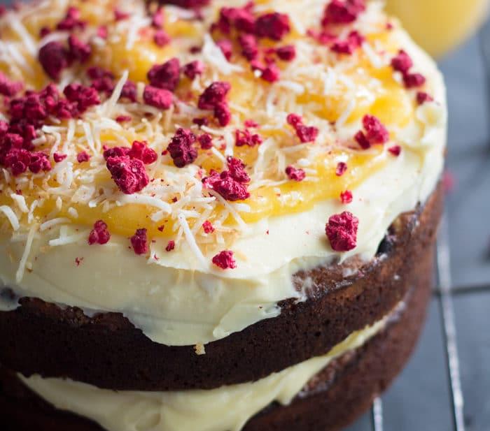 Raspberry and Lemon Cake | mylittlelarder.com