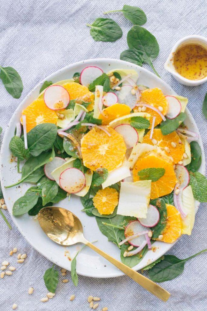 Orange, Spinach and Pine Nut Salad
