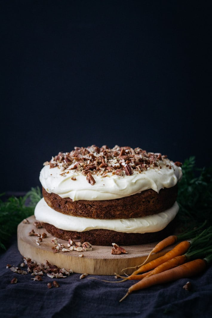 Carrot and Pecan Cake | mylittlelarder.com